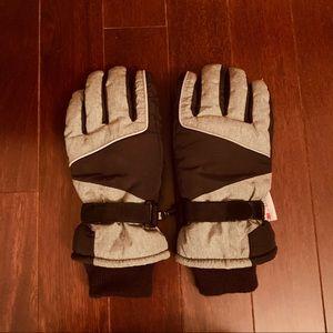 *NWOT* Boys Thinsulate Gloves Black/Gray 8-20